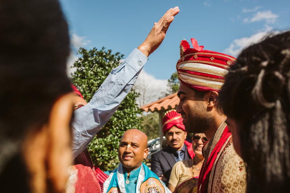 rebeccaburtphotography.hindiwedding.moraisvineyards.virginiawedding-114.JPG