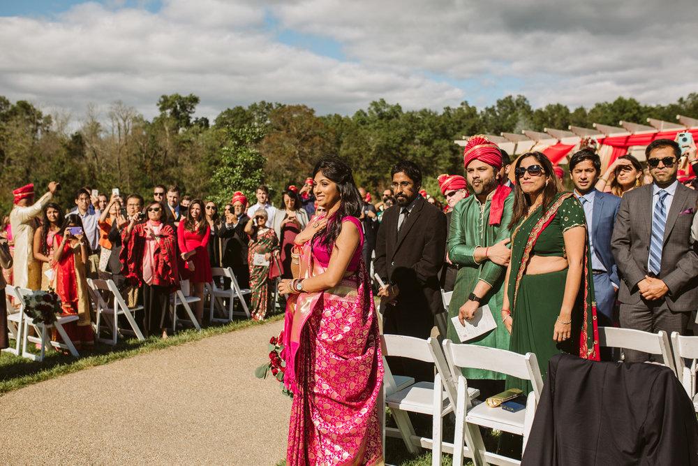 rebeccaburtphotography.hindiwedding.moraisvineyards.virginiawedding-122.JPG