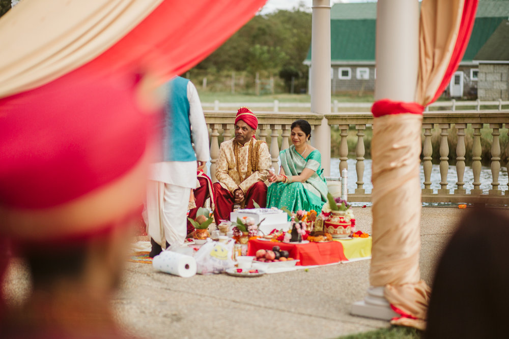 rebeccaburtphotography.hindiwedding.moraisvineyards.virginiawedding-131.JPG
