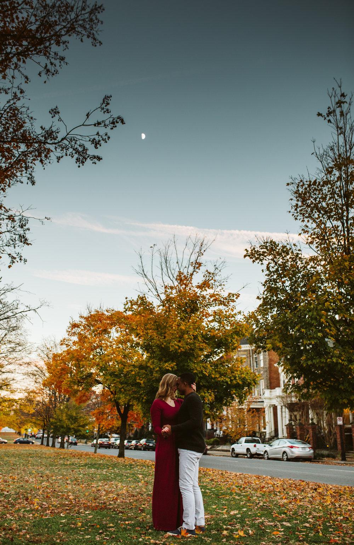 rebeccaburtphotography.DorotaandDwight.Engagementsession.RichmondVirginia.MonumentAvenue-67.JPG