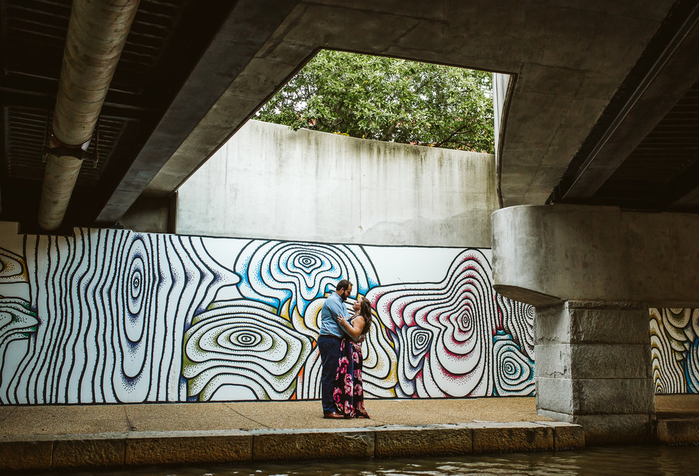 engagement_session_richmond_canal_walk-21.JPG