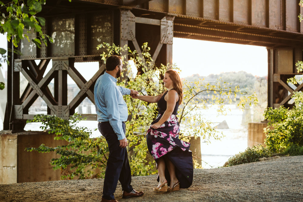 engagement_session_richmond_canal_walk-13.JPG