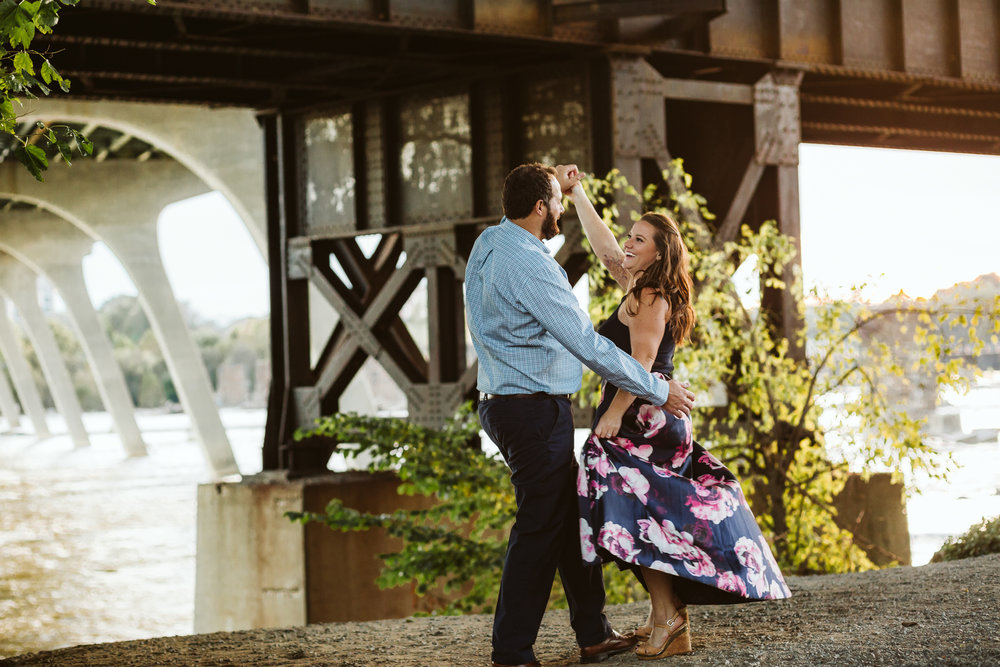 engagement_session_richmond_canal_walk-10.JPG