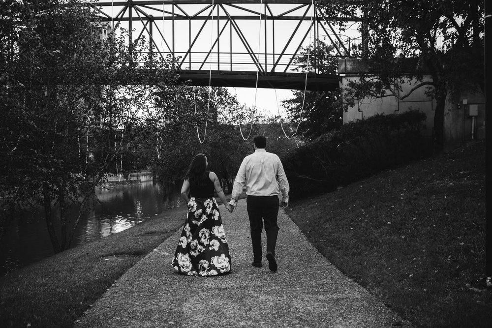 engagement_session_richmond_canal_walk-4.JPG
