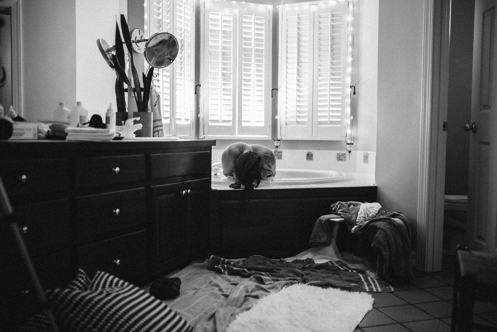 Casey_Teller_Birth_photography_suffolk_virginia_rebecca_burt_photography-32.JPG