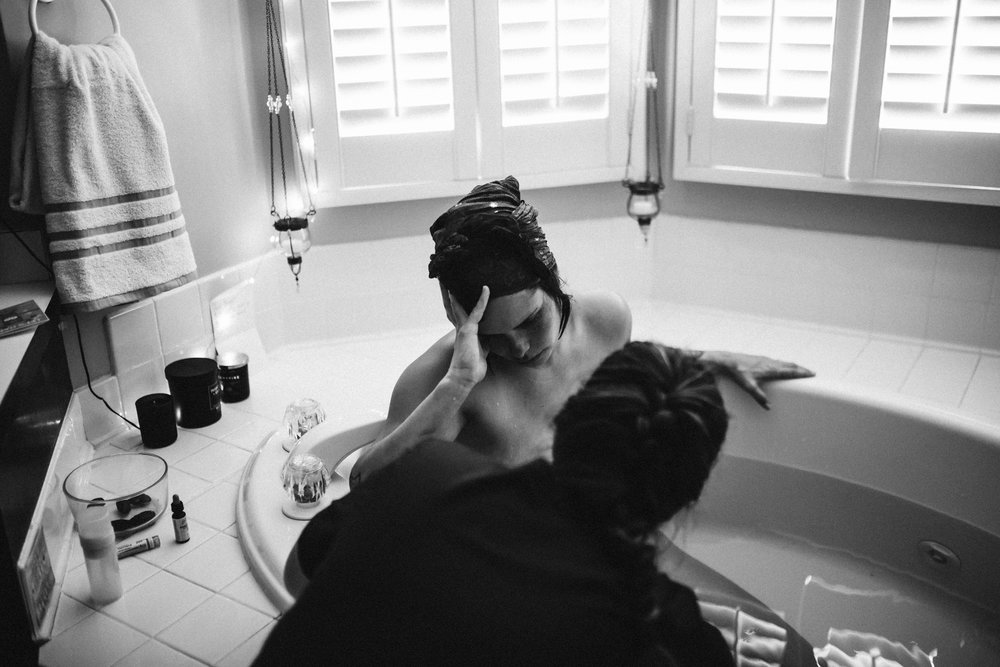 Casey_Teller_Birth_photography_suffolk_virginia_rebecca_burt_photography-40.JPG