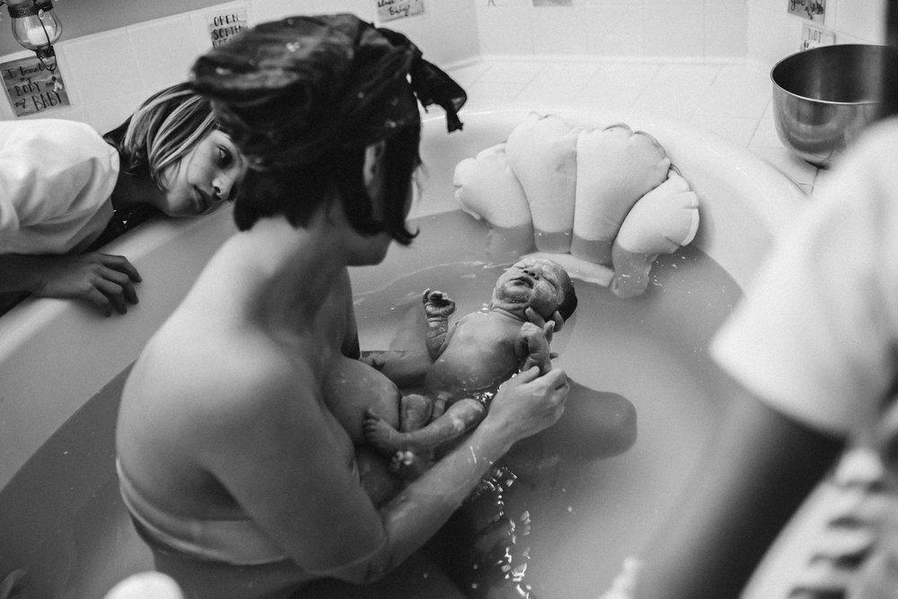 Casey_Teller_Birth_photography_suffolk_virginia_rebecca_burt_photography-65.JPG