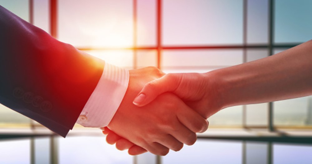 636119830709542510-business-handshake.jpg