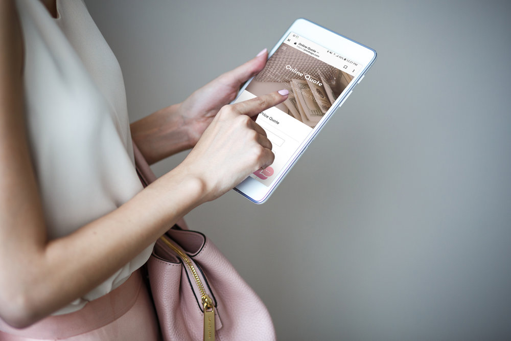 Get a quick Price Quote - Fill out the Online Quote form or send a photo of the handbag you are looking to sell, via text message