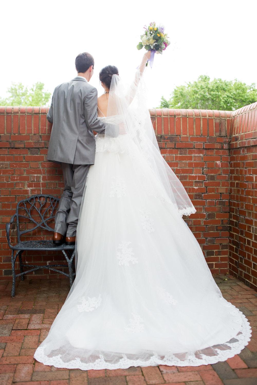 2017_04_30_jenny_jonathans_couple_portraits-51.jpg
