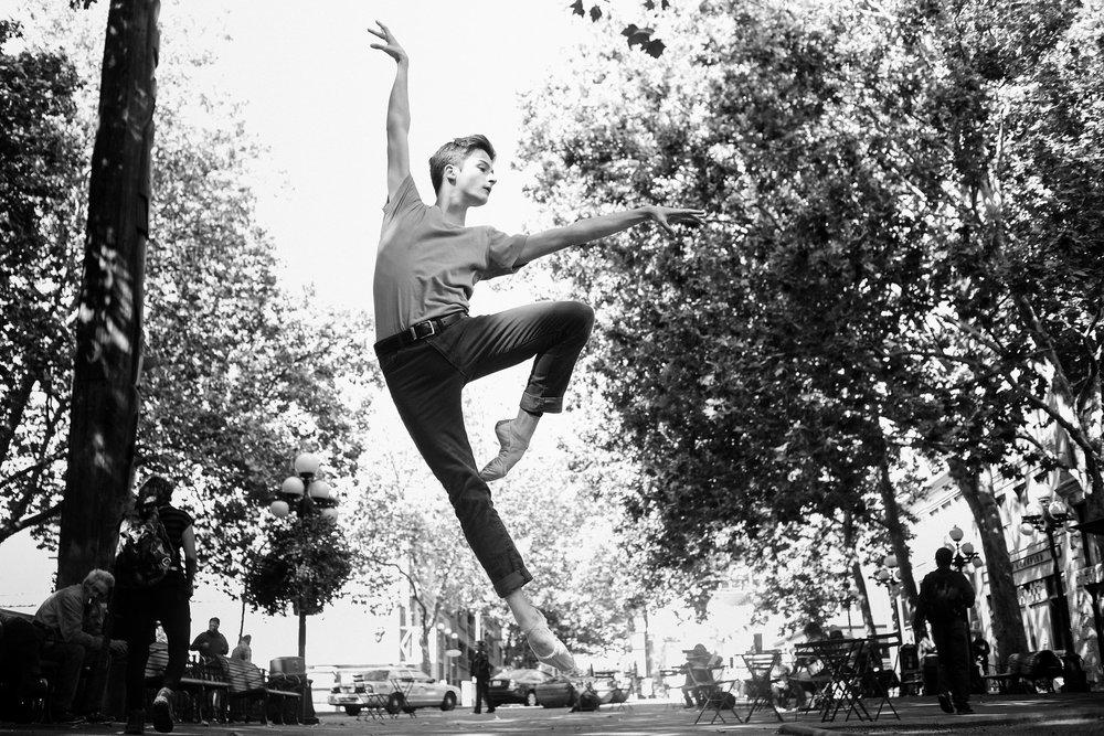2017_09_18_keegan_seattle_downtown_dance_ballet_shoot-1130-Copy1.jpg