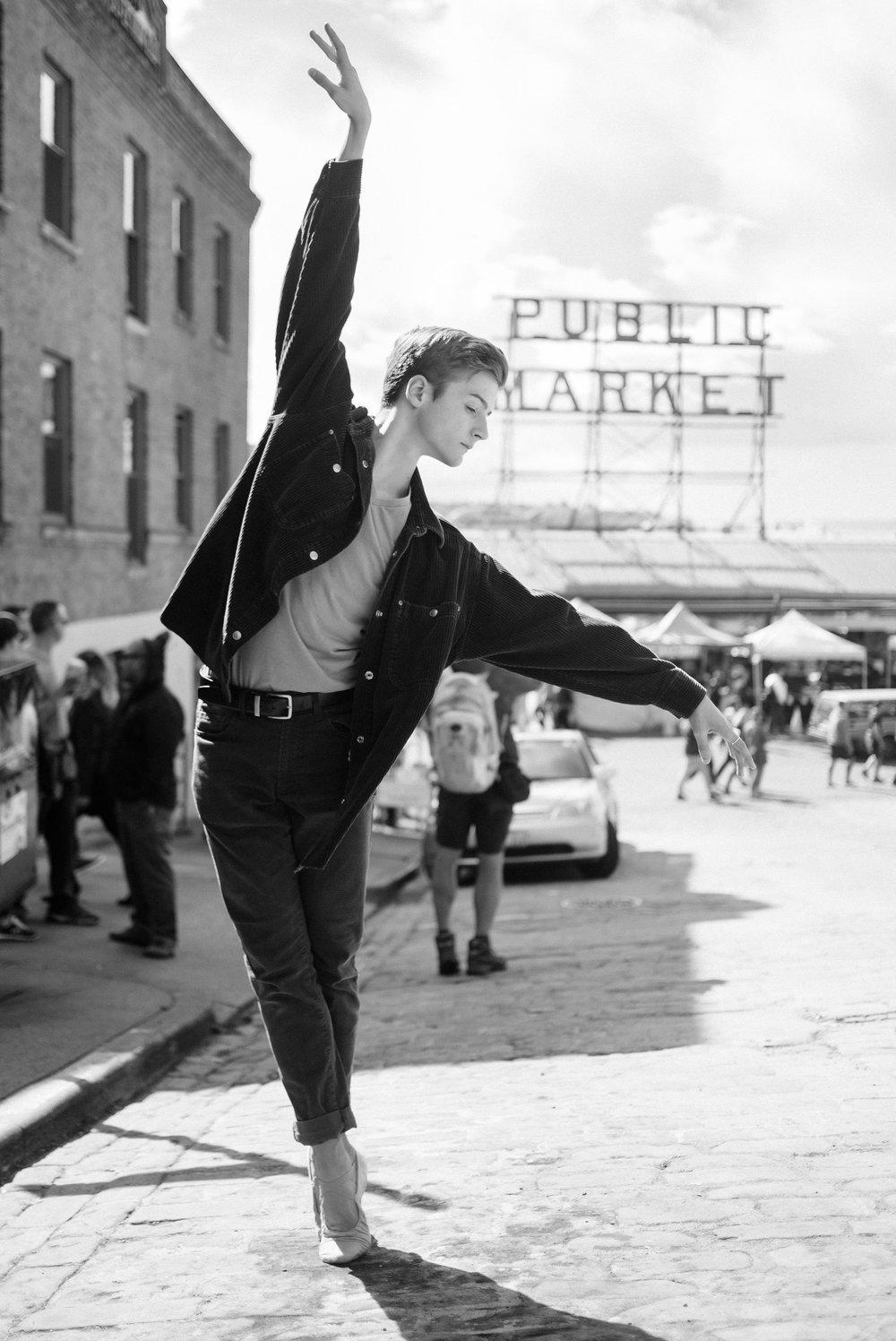 2017_09_18_keegan_seattle_downtown_dance_ballet_shoot-1325-Copy1.jpg