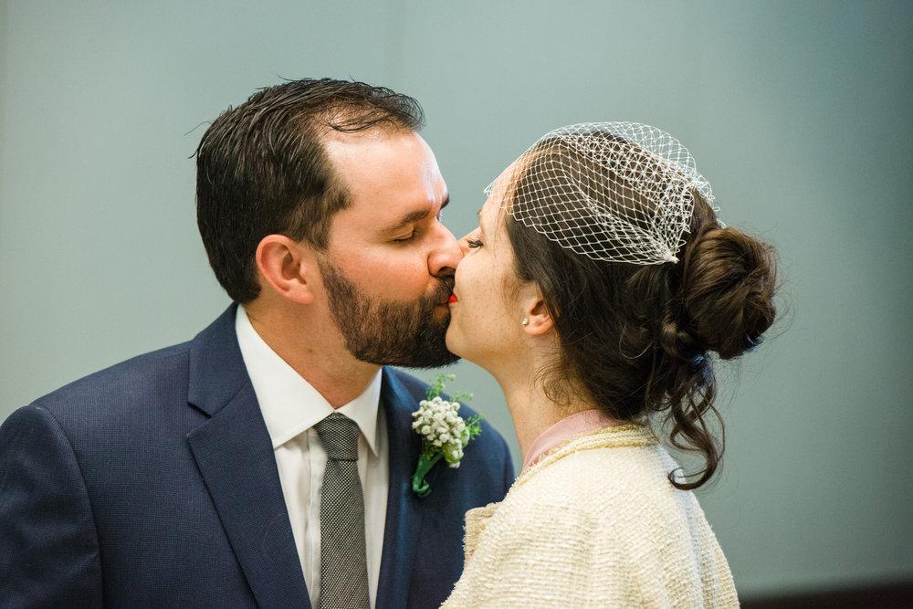 2018_10_17_mowita_drew_durham_courthouse_wedding-6843.jpg