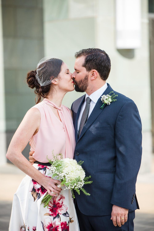 2018_10_17_mowita_drew_durham_courthouse_wedding-6959.jpg
