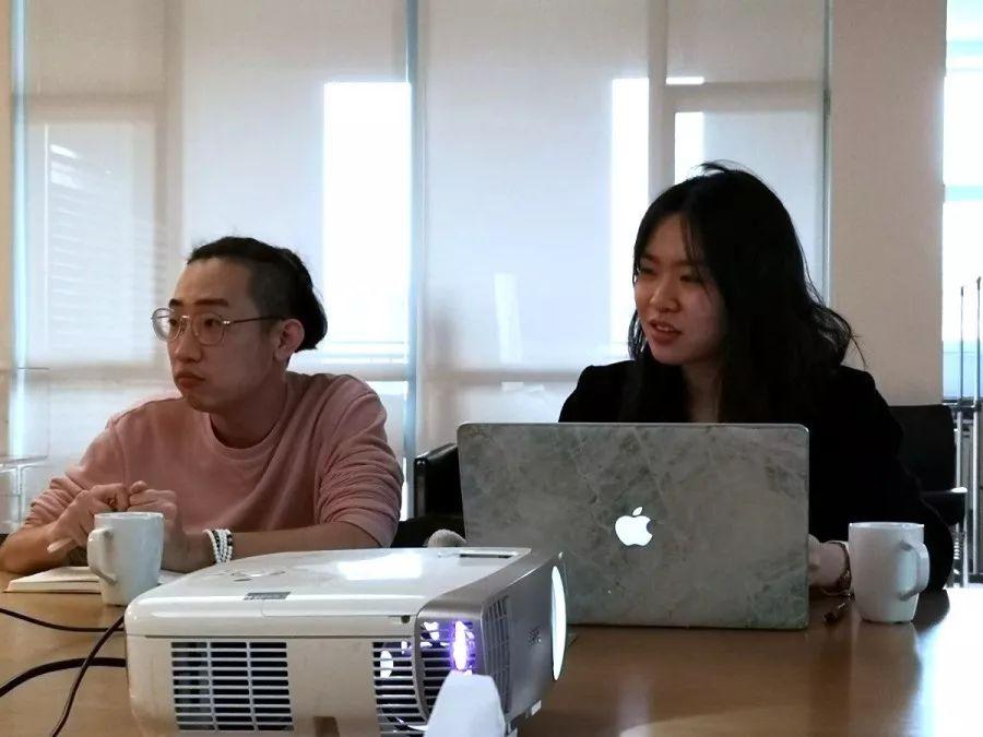 王俊祥(左)陈雪颜(右)
