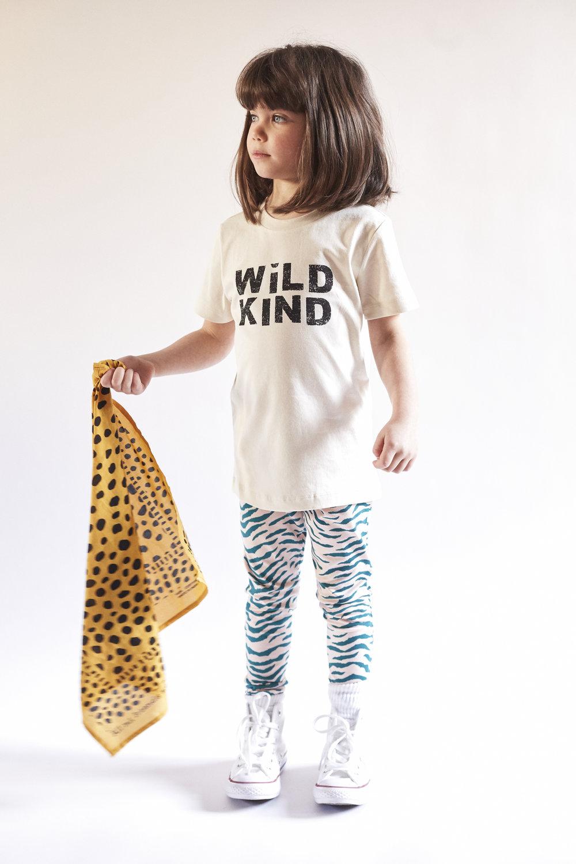 Beatrice_wildkindtshirt_Bam_scarf.jpg