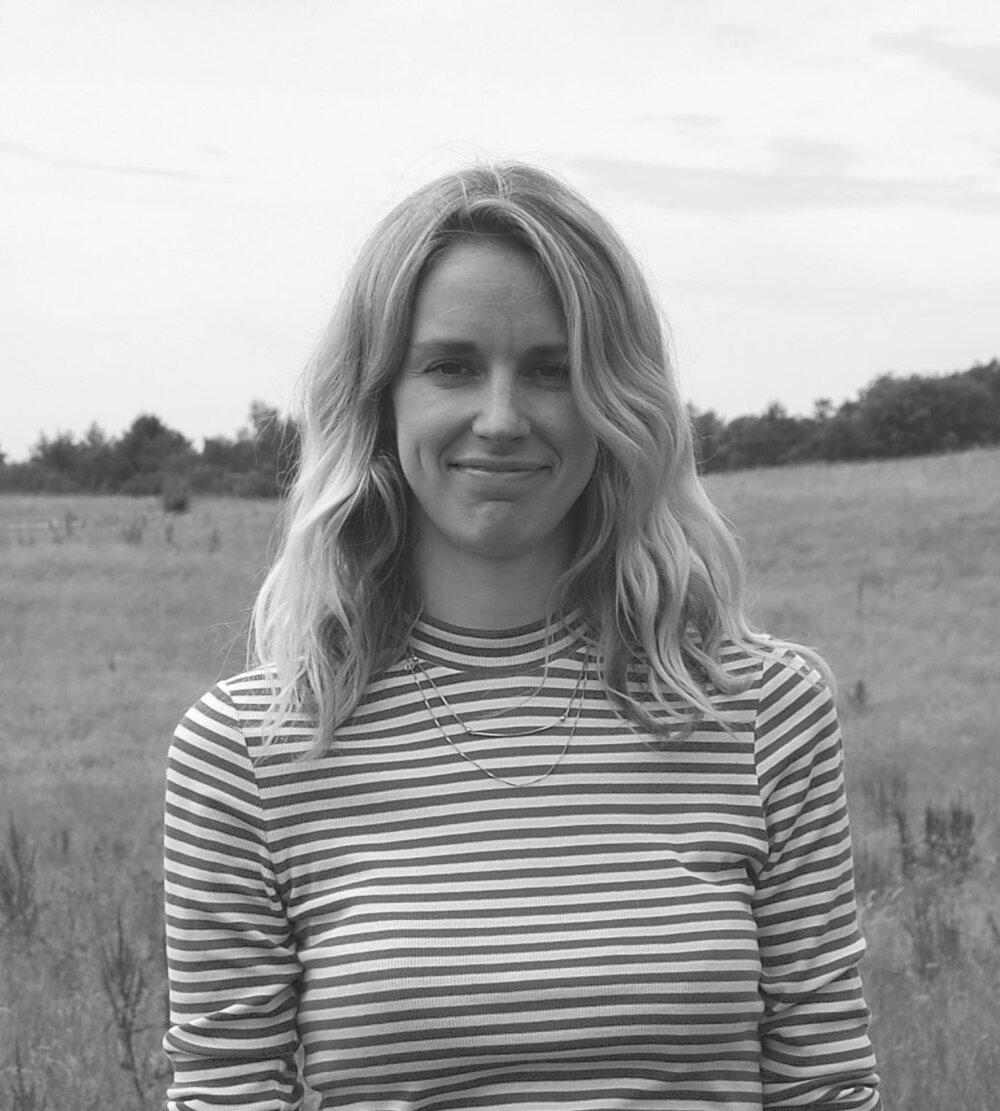 Trine Dyrholm, kommunikation og udvikling (barsel)