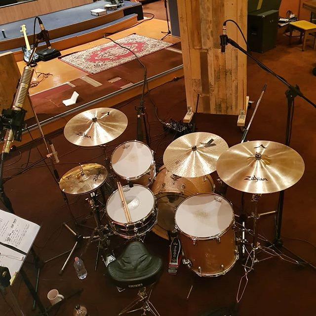 @tom_crosby's setup for @mathew999's EP — big big BIG drum sounds