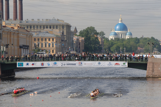 Rowing2010-rus-regatta