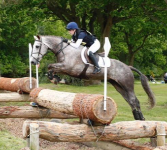 tpl_equestrian_sponsored_rider_bethany_cole_(2).jpg.png