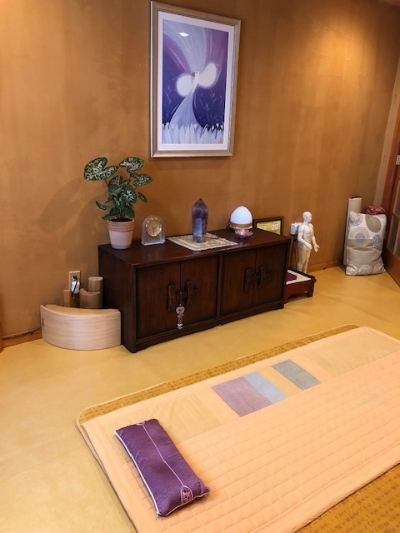 Healing Room: A tranquil setting offering various healing options to fit your needs.