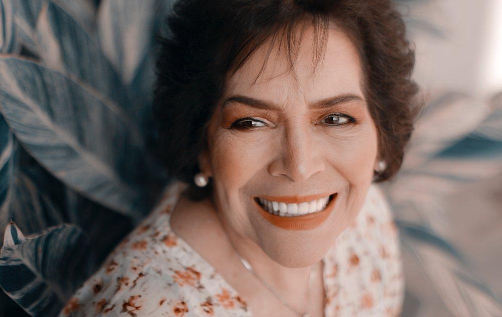dentist-best-dental-implants-smile.jpg