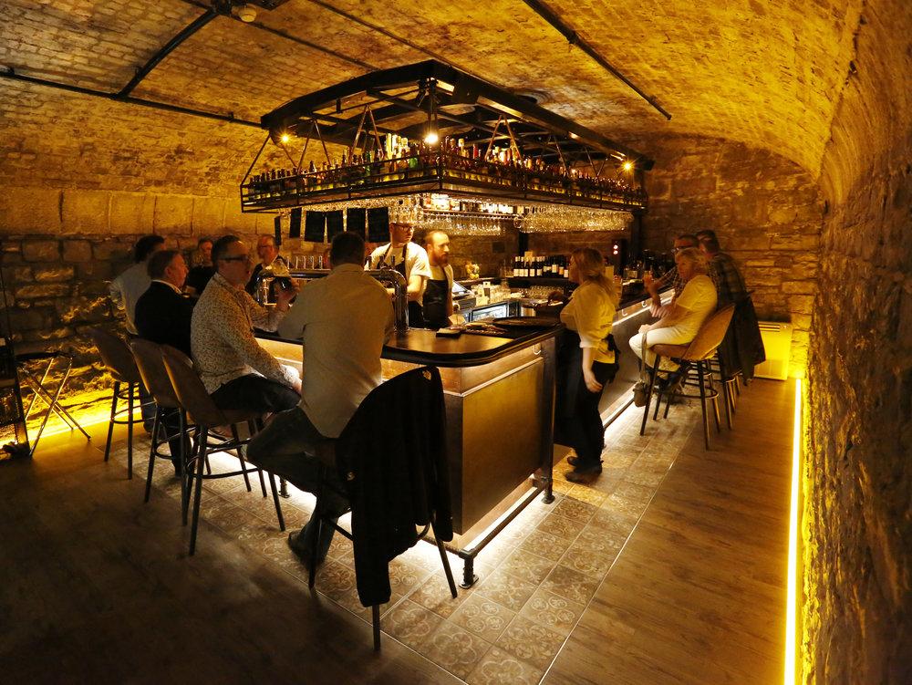 Vault Bar -
