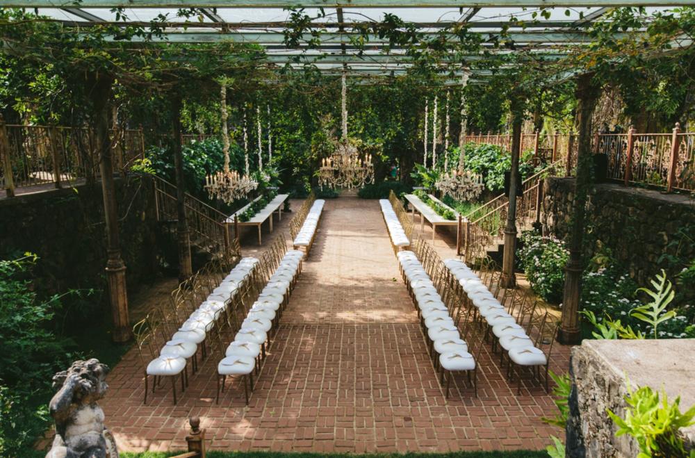 The romantic greenhouse - Maui, HIPhoto by Melia Lucida