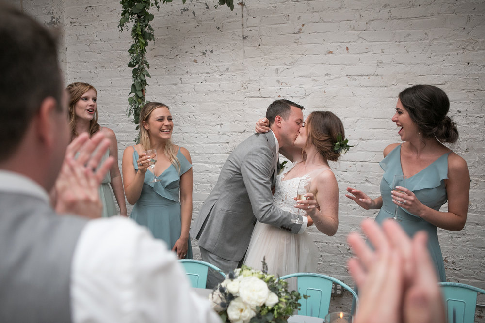 Emmy & Griffin - Chicago, ILVenue: The JoineryPhotographer: Adam AlexanderVibe: Romantic