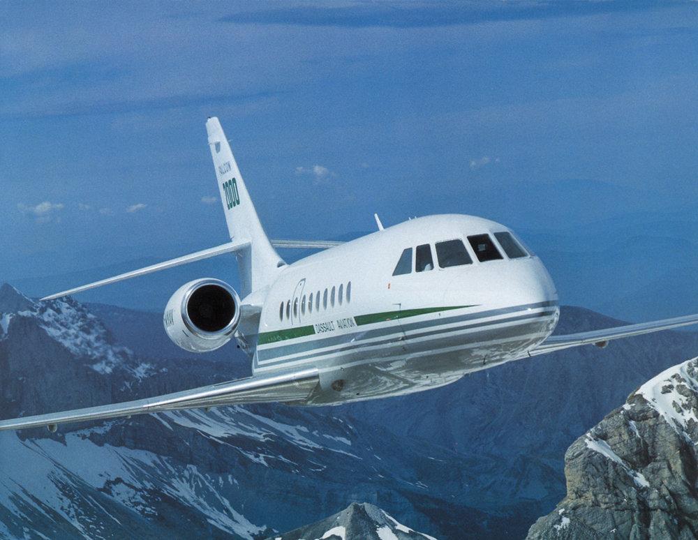 Falcon 2000 Ext.jpg