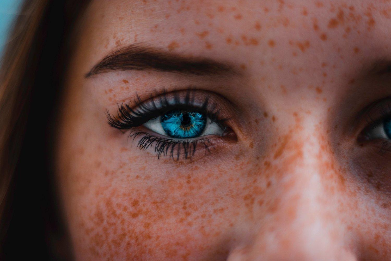 c43a8f3308d Beauty Clinic: I need a lash-curling mascara — Beauty Bible