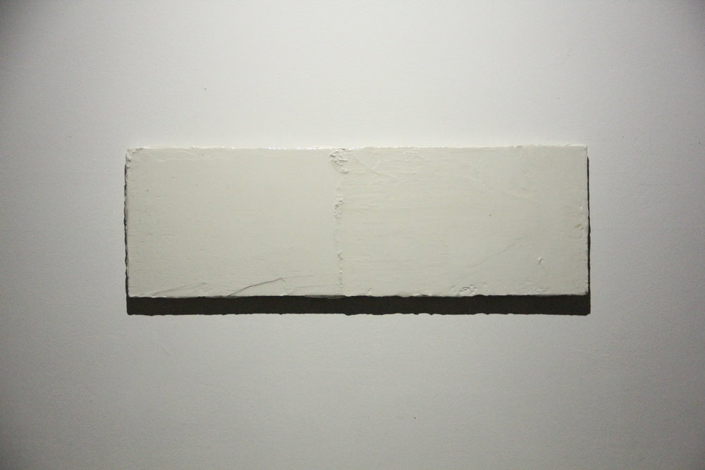 BEN LOONG 龙凯祥 b. 1988, Tide 潮, 2018, Resinated drywall plaster on wood 树脂、石膏、木板表面, 28 x 85 cm.JPG