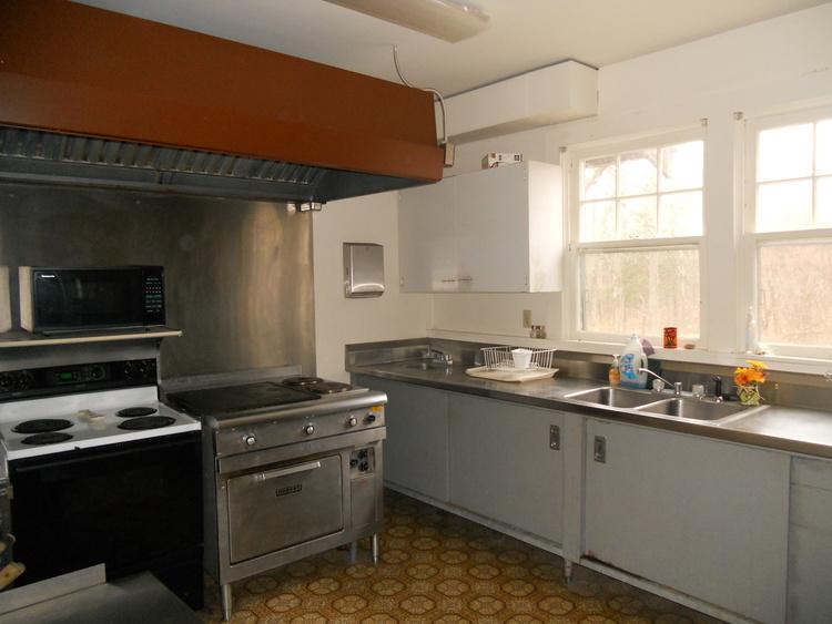 Hickory Hill Retreat House Kitchen