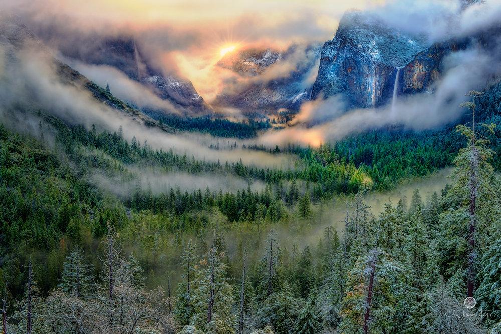 Serpentine Vapors at Yosemite.jpg