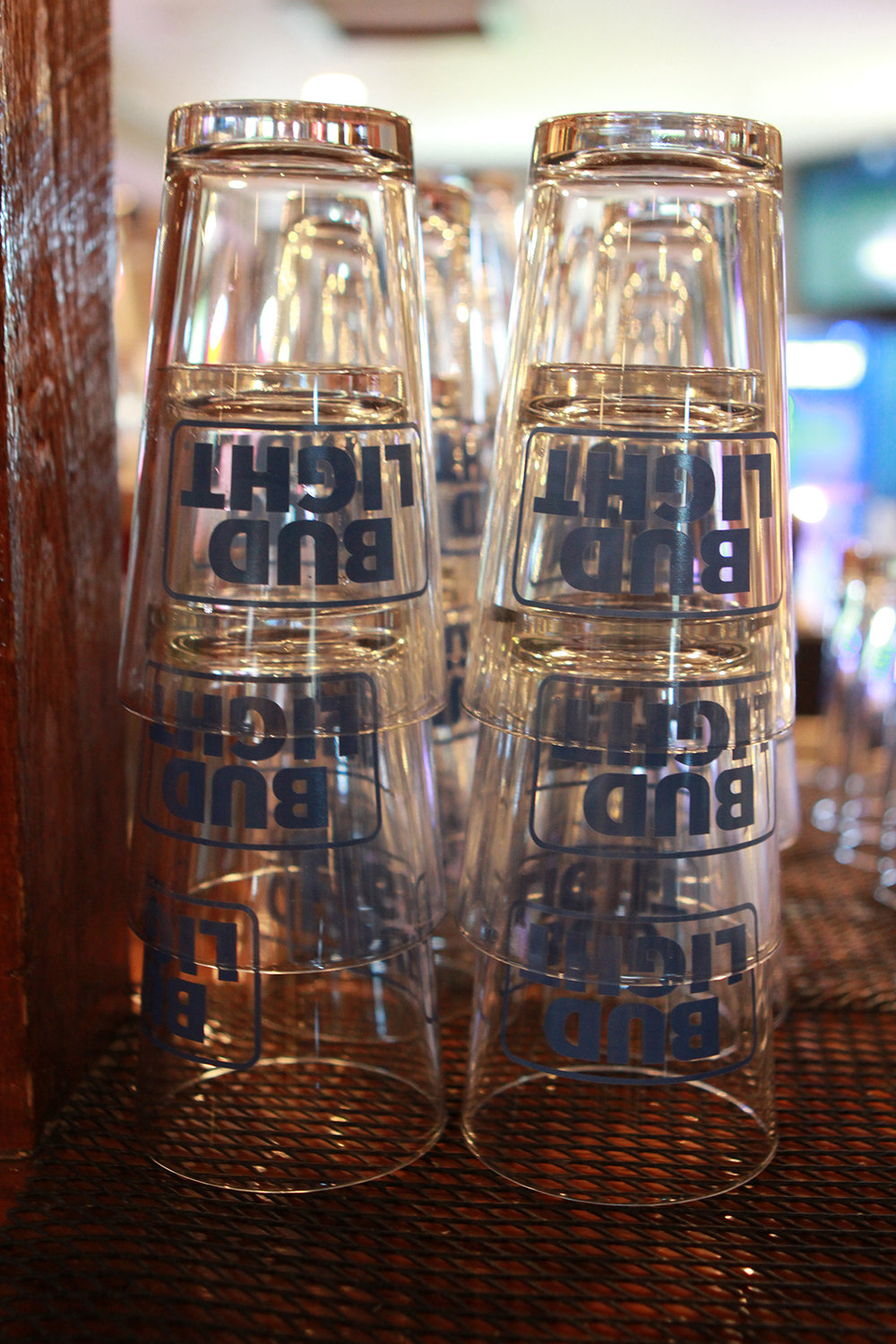 KNOX BUD LIGHT GLASS.jpg