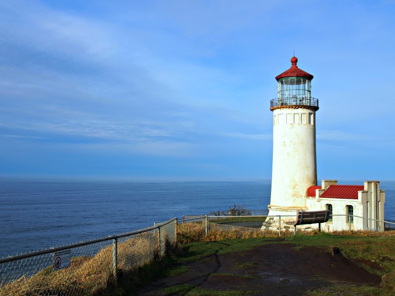 long-beah-lighthouse.jpg