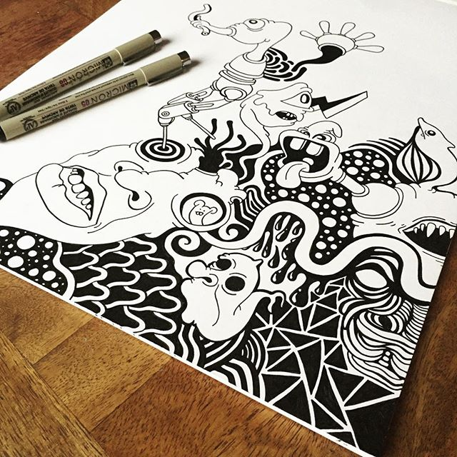 Throwback to this guy from last year. I've been focusing on acrylic most of this year, but thinking it may be time to get the micron pens back out. 🤖🤖#abstract #graffitiart #art #pattern #graffiti #drawing #doodle #sketch #sharpie #design #graphicdesign #illustration  #losangeles #art_spotlight #artofdrawingg #artistic_nation #artcollective #iblackwork #artpostdaily #zentangle #artsanity #artfido #arts_gallery #lineart #mandala #zendala #streetart  #inkfeature #sharpie