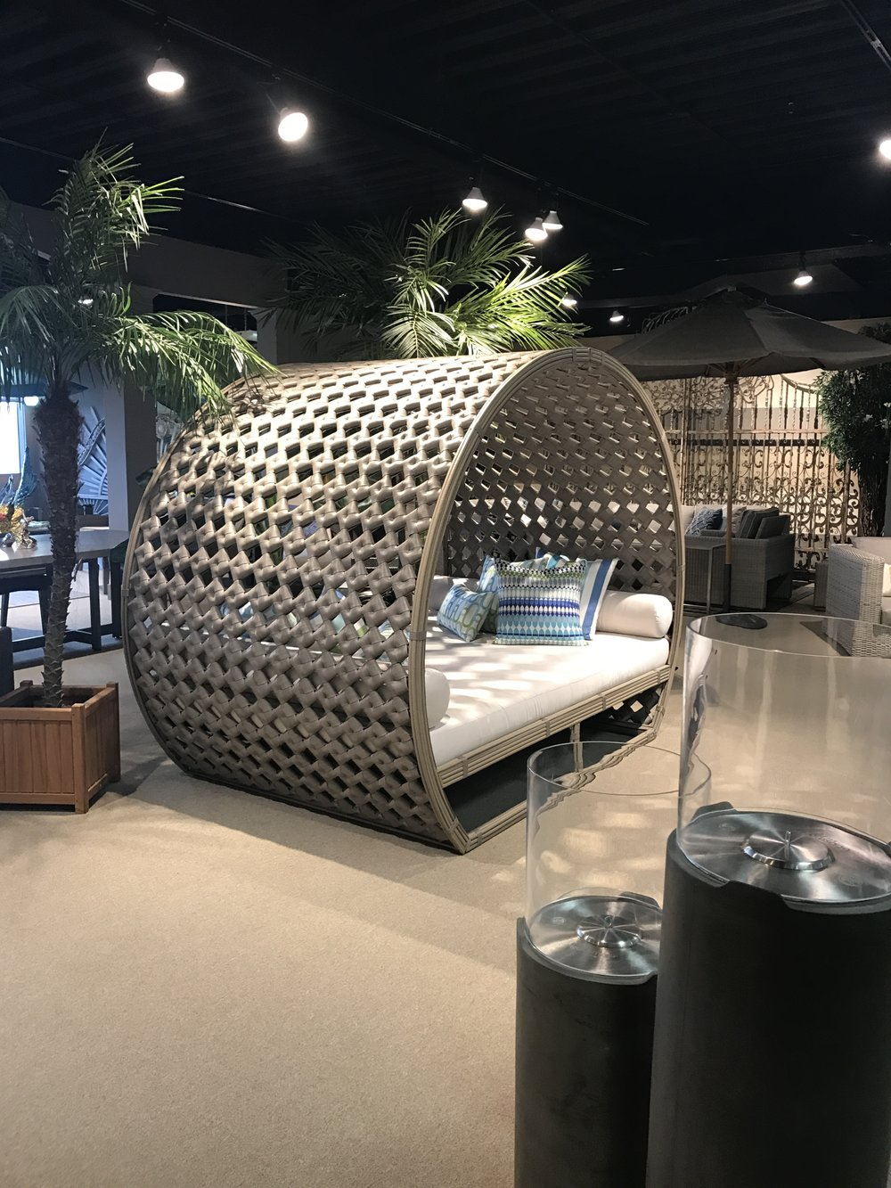 shopping at market! magical outdoor daybed