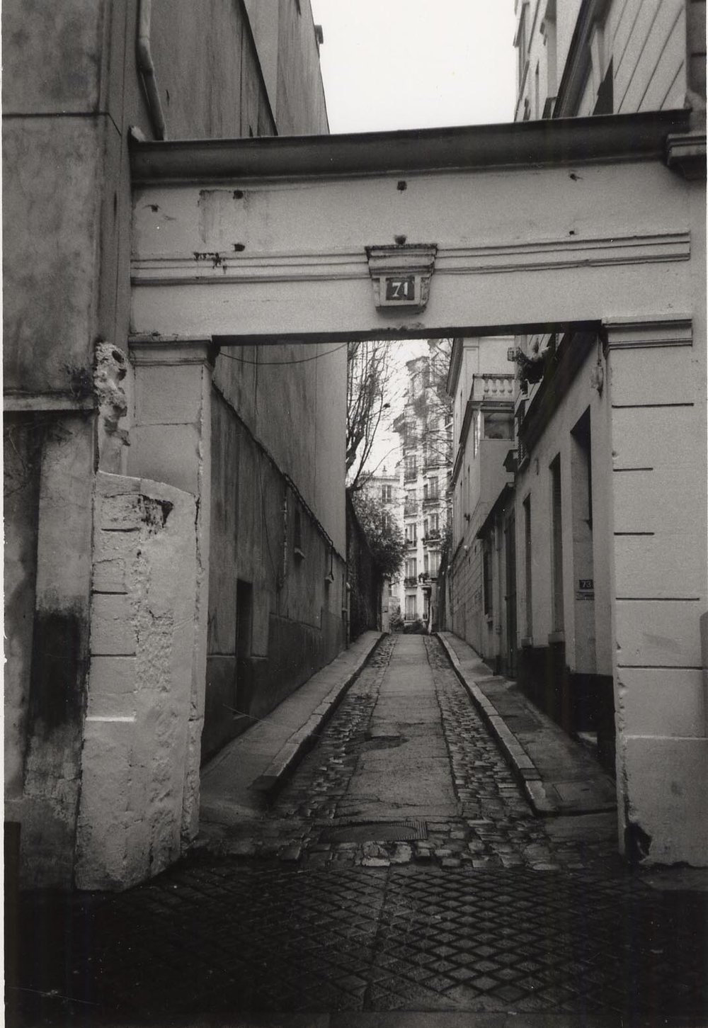 Studio entry, Rue du Cardinal Lemoine, Paris (1998)