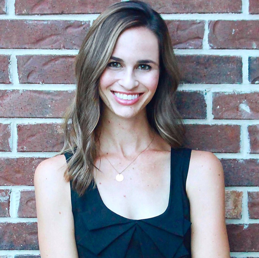 Jenna Kotwica  Head Photographer, Editor & Taster Extraordinaire