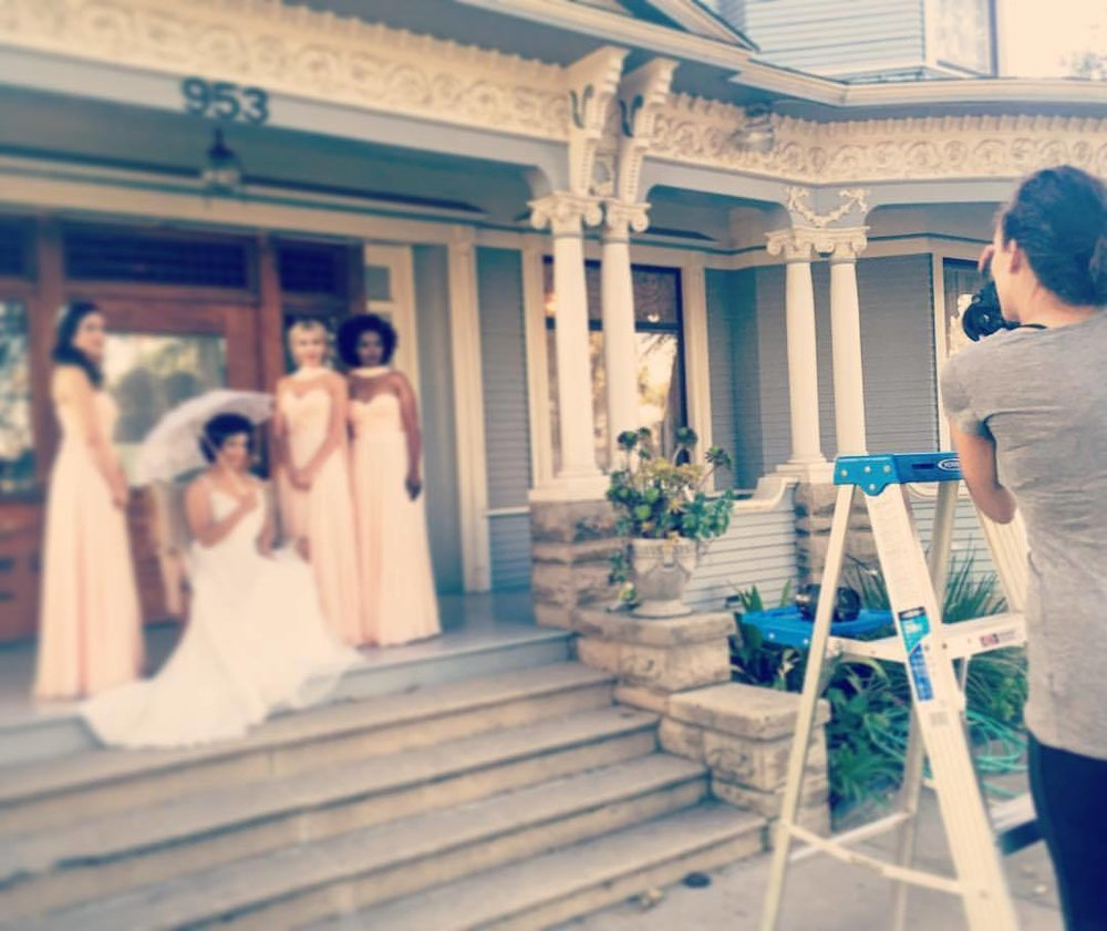 Some goodies coming soon… ———————– #nunezphotography #nunezweddings #longbeach #losangelesweddingphotographer #weddingphotoshoot #summerbabes (at The Bembridge House)