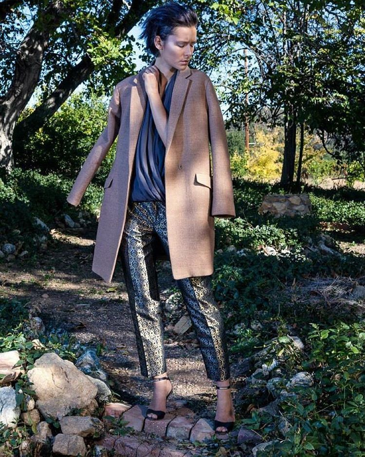 Ready for #winterfashion to go into effect! #nunezphotography for @elegantmagazine - #muah @alondraexcene_mua - #stylist @bethfashionista @vinn_stagram        ———————————— #winter #fallforfashion #fashionmagazine #elegantmagazine #losangeles #Burbank #loveyourself #editorial #modeling #nature