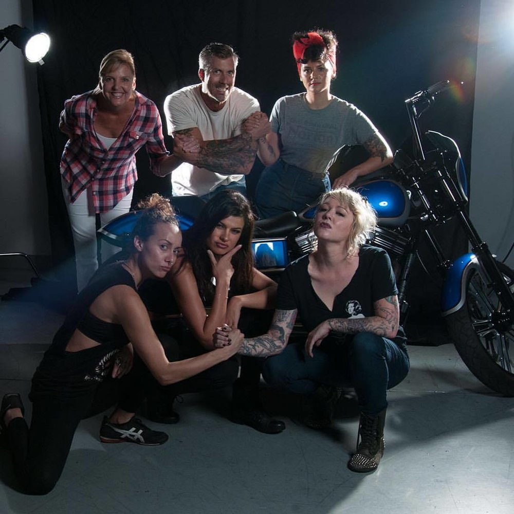 What a solid team today! If you love #motorcycles and #beauties follow @performancemachine @shannon_brooke @andy_meadors @destinysierra @jennifercorona
