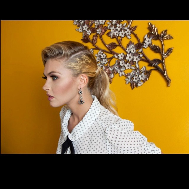 Shot/Styled: #nunezphotography Model: @juliaannconley #wilhelminamodels Hair: @venalove MU: @maryluartistry