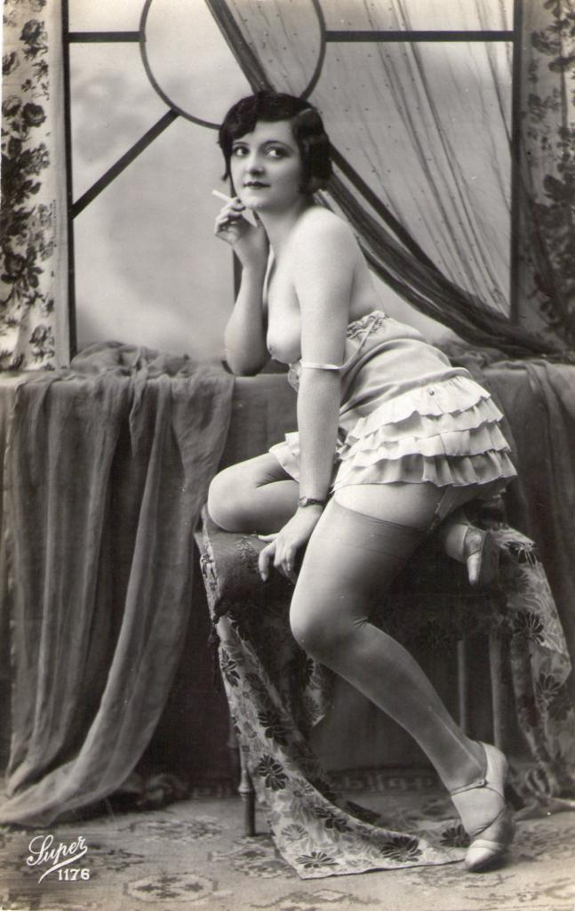 A Smoke Before Bed    `1920s risque postcard