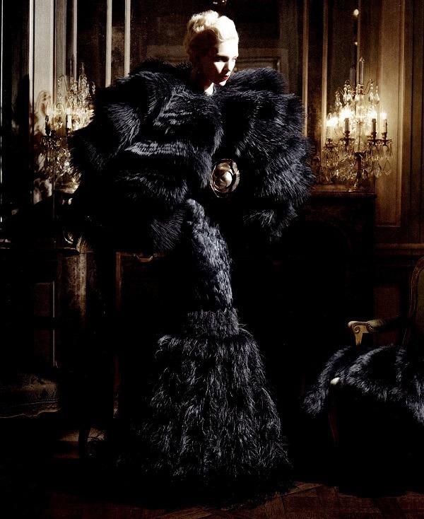 spinningbirdkick: Karl Lagerfeld / Harper's Bazaar US August 2012. Love love