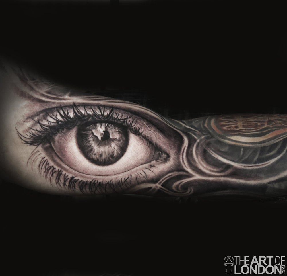 eyeball tattoo black and grey.jpg