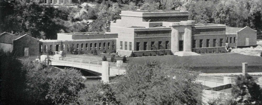 Original University of Iowa Art building, 1938, University Archives, UI libraries.