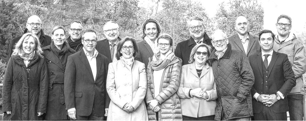 LIONS CLUB WIESBADEN KURPARK - GRÜNDUNGSMITGLIEDER IM JUNI 2017