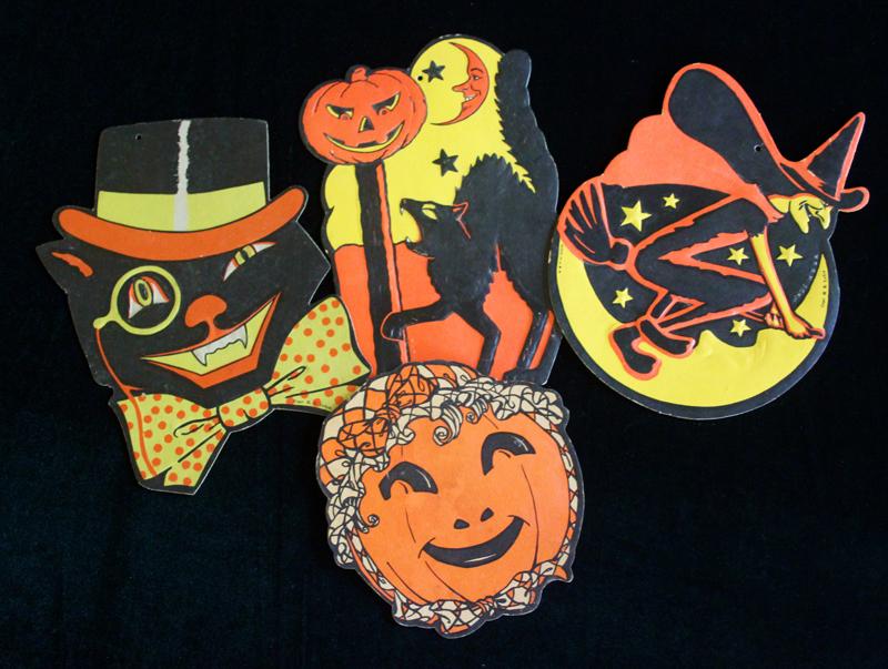 Silvey Estate Sales-Halloween-0917-01.jpg